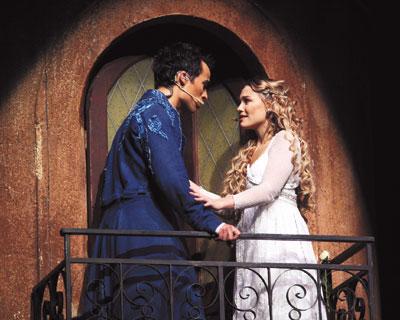 佛 뮤지컬 '로미오와 줄리엣' 출연료 지급 갈등… 첫 공연 20분전 취소 물의 기사의 사진