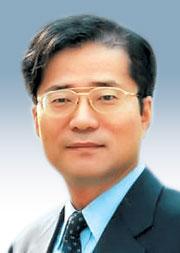 [경제시평―권영준] 경제와 親서민 정치 기사의 사진