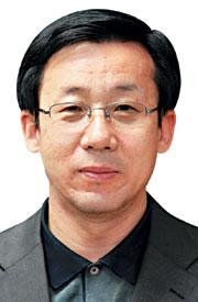 [여의춘추―박동수] 김민우와 입학사정관제 기사의 사진