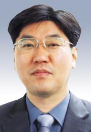 [시론-김정인] 온실가스, 도전과 응전 기사의 사진