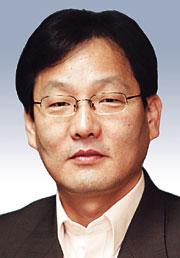 [데스크시각-김의구] 수능 휴대전화 비극 기사의 사진