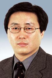 [데스크시각-정재호] '기자 아빠'의 육아휴직 기사의 사진