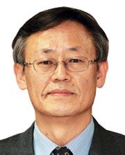 [이형용칼럼] 北 평화공세와 '중재자' 반기문 기사의 사진