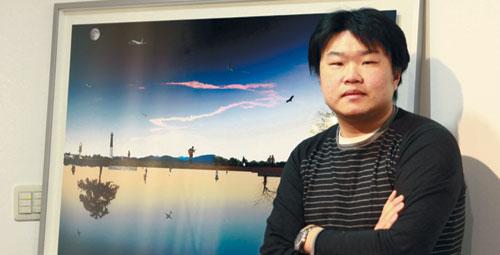 김영삼씨 밀알미술관서 청각장애 사진작가 아이티 돕기 사진전 기사의 사진