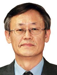 [이형용 칼럼] '천안함 선거'가 남긴 정치권 과제 기사의 사진