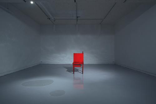 [그림이 있는 아침] 의자 기사의 사진