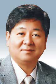 [여의도 포럼-엄상익] 문재인과 민동석 기사의 사진