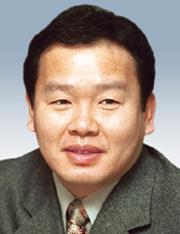 [데스크시각-김용백] 다 선거전략이려니 기사의 사진