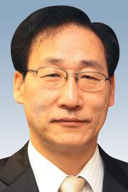 [경제시평-김이석] 40년간의 불환화폐 실험 기사의 사진