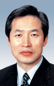 [바이블시론-지형은] 김연아, 싸이, 윤창중, 하시모토 기사의 사진