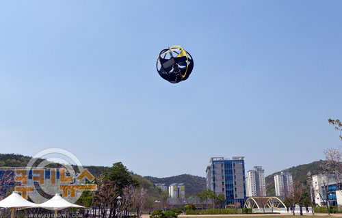 이착륙 자유자재로 무인 비행체 '유니콥터' 개발 기사의 사진