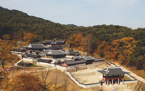 [톡톡! 한국의 문화유산] 궁궐 밖 궁궐, 남한산성 행궁 기사의 사진