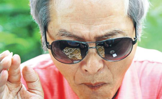 [포토 카페] 솔밭공원의 고독한 승부사 기사의 사진