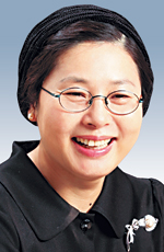 [바이블시론-김형민] 황 교육부 장관의 눈물 기사의 사진