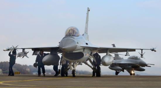 거액 웃돈 요구에 결국…정부, KF-16 성능개량 업체 교체키로 기사의 사진