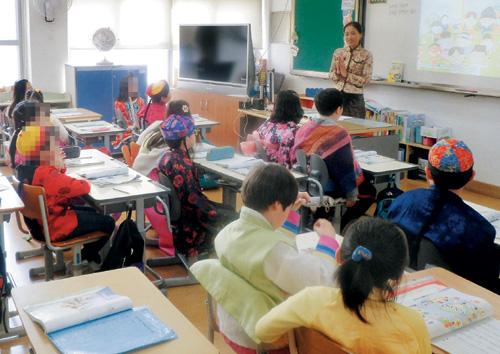 [아이들은 완충지대가 필요하다 4] 환경 이기는 '단단한 아이'… 교육이 만든다 기사의 사진