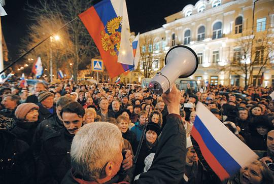 [해외 10대 뉴스] (9) 서방-러 패권다툼으로 비화된 우크라이나 혁명 기사의 사진