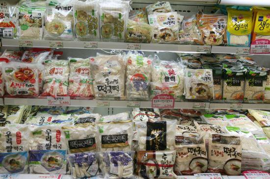 [국민컨슈머리포트] ⑥ 떡국 떡- <1> 어떤 제품 평가하나 기사의 사진