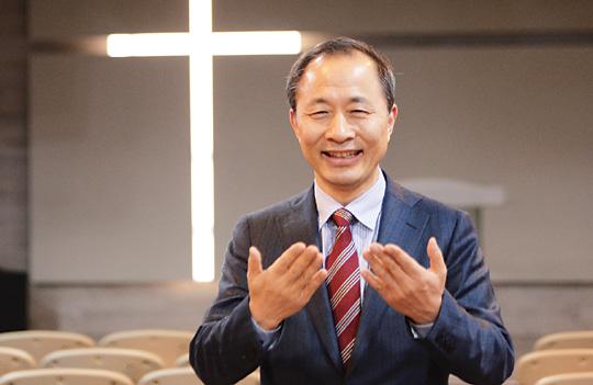 ['저출산·고령화' 극복하는 교회들] ② 남양주 동부광성교회 김호권 목사의 목회 이야기 기사의 사진