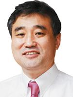 [여의춘추-김명호] 국회의원 실력 좀 알고 삽시다 기사의 사진