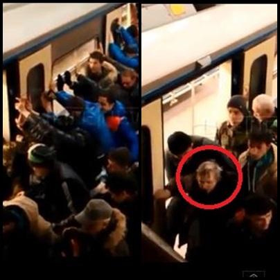 [영상] 러시아판 '신당역의 기적'… 선로에 빠진 할머니 힘 모아 구출 기사의 사진