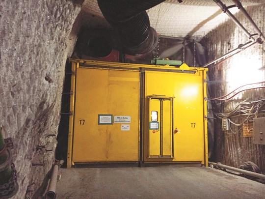[原電 우리에게 무엇인가-르포] 獨, 소금광산에 묻은 核폐기물 '비상' 기사의 사진