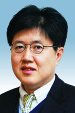 [여의도포럼-유경준] 공익과 정부 주도로 구조개혁 논의를 기사의 사진