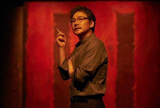[김건표 교수의 연극이야기] 8. 붉은색 앞에 마주한 두 남자 '레드' 기사의 사진