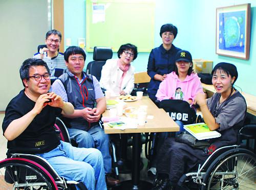 장애 예술인들 모임 '희망아트' 창립 전시회 연다 기사의 사진