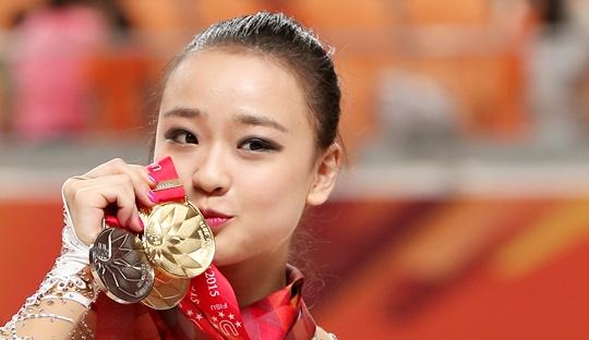 """""""손연재, 동메달을 은메달로 바꿔? 리본 매듭은?""""… 2가지 미스터리 기사의 사진"""