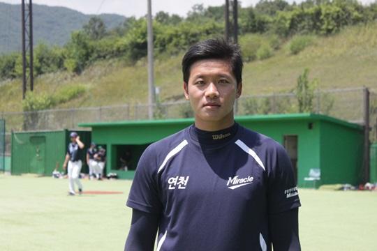 """코치에서 다시 돌아온 김원석 """"한 명의 선수이고 싶었죠"""" 기사의 사진"""