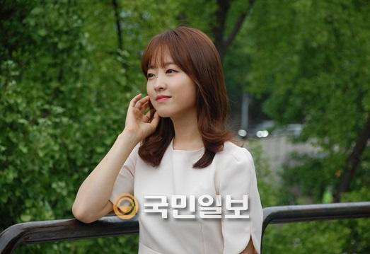 """'오나귀' 박보영 """"조정석, 돈 내고 찍으라고요? 서로 행복했어요""""…kmib가 만난 스타 기사의 사진"""