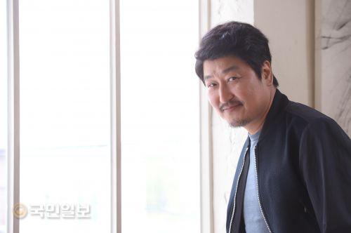 """'사도' 송강호 """"유아인 테크닉 버린 진솔한 연기, 대견해"""" 기사의 사진"""