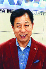 [명의&인의를 찾아서] 이규장 이사장은… 말단사원서 CEO로 국내 최고 검진기관 이끌어 기사의 사진