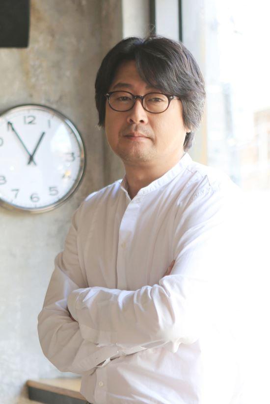 """김윤석 """"'검은사제들'은 오늘날 우리들의 이야기""""…kmib가 만난 스타 기사의 사진"""