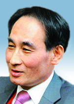 [시론-김영용] 정주영 리더십이 그립다 기사의 사진