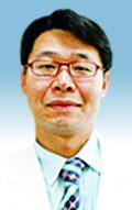 [명의&인의를 찾아서] 이석환 교수는…  1997년부터 복강경 수술 시작 기사의 사진