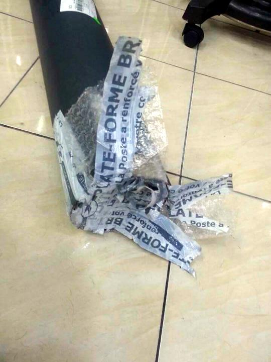 프랑스 3년 유학 작품 한국 배송 도난 미스터리… 페북지기 초이스 기사의 사진