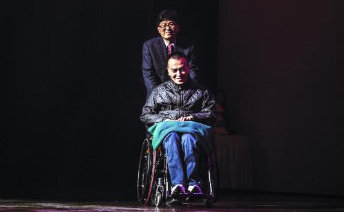 [이야기-중도 지체 장애인 손잡아 주는 스탠드업커뮤니티] 쓰러진 자들이여 함께 일어서자 기사의 사진