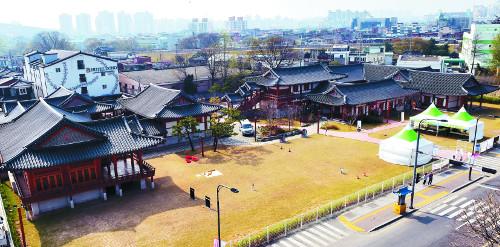 [도시재생] 문화·생태·사람 조화 파괴 아닌 상생… 주민 똘똘 뭉치니 마을엔 '르네상스' 기사의 사진