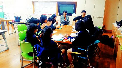 ['학교 안 교회'를 세워라] 친구들 함께 기도하고 싶어 시작… 10명이 모여 스스로 모임 이끌어 기사의 사진