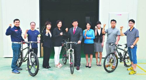 국내 첫 '자전거 교회'… 쉼과 복음 선사 기사의 사진