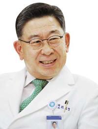 [명의&인의를 찾아서-(70) 경희대한방병원 한방 암 클리닉] '투 트랙' 동서의학 협진 기사의 사진