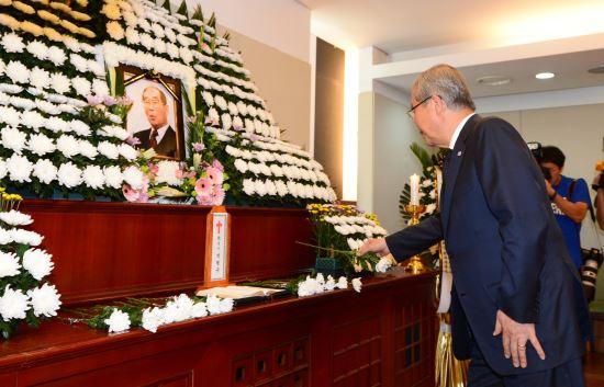 민주화운동의 거목, 박형규 목사 빈소에 추모의 발길 이어져 기사의 사진