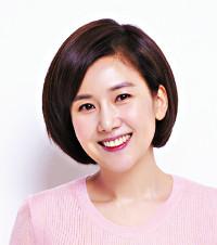 """모델·배우 출신 화가 김현정, 갤러리1898서 개인전  """"사랑과 행복을 전합니다"""" 기사의 사진"""