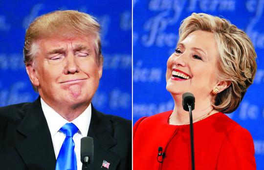 [2016 미국의 선택] 힐러리가 웃었다 기사의 사진