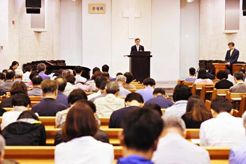 100주년기념교회  '이재철 목사 이후' 어떻게… 기사의 사진