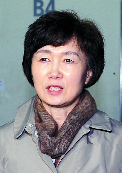 최경희 총장 전격 사퇴… 상처뿐인 梨大 기사의 사진