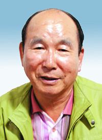 """[단독] """"최태민은 주술가이자 무당…  박근혜와 영적 부부라 말해"""" 기사의 사진"""