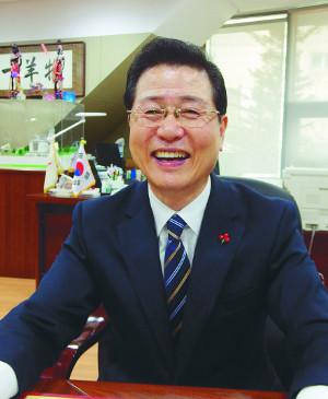 [한국의 공교회-은평제일교회] 빚탕감 프로젝트 빛났다, 252명에  96억원 짐 덜어줘 기사의 사진